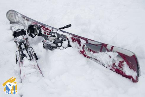 лыжи фрирайд, но не обязательно такие можно вообще на старой классике