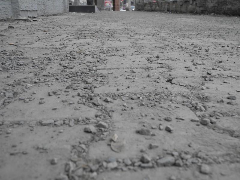 щебень на тротуарах