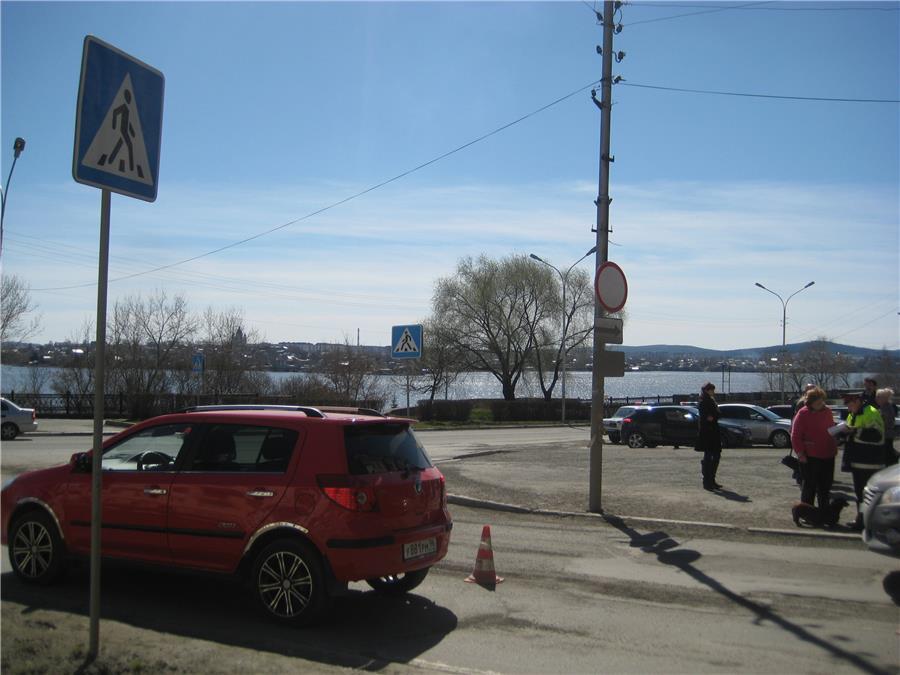 Джелли автомобиль официальный сайт фото