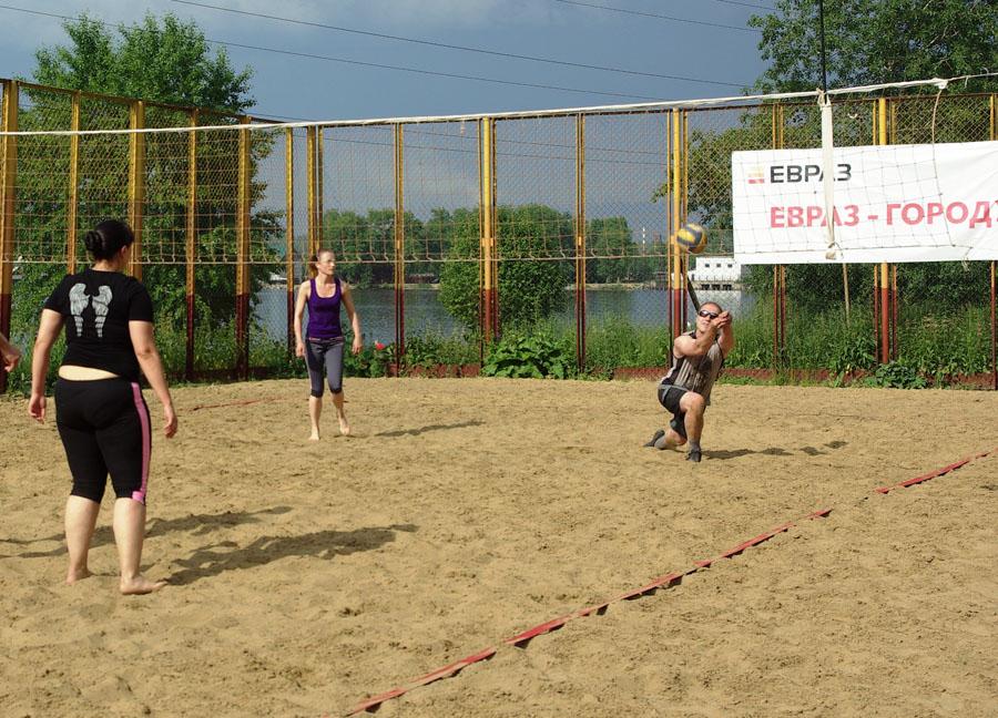 IMGпляжный волейбол1