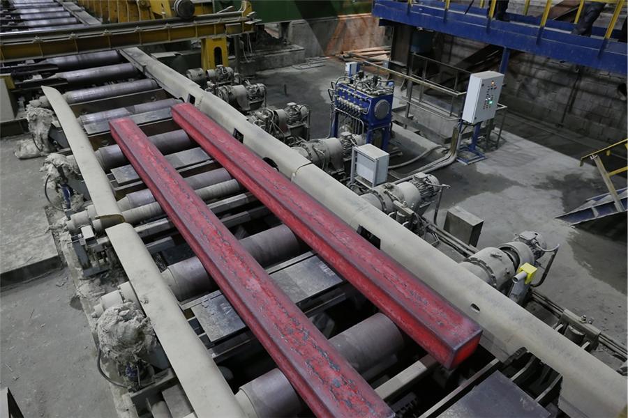 Процесс взвешивания заготовки в Конвертерном цеха ЕВРАЗ НТМК