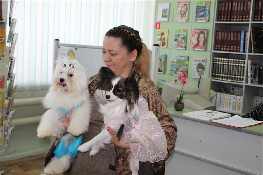 Надежда Барсукова рук общ организации Надале с питомцами