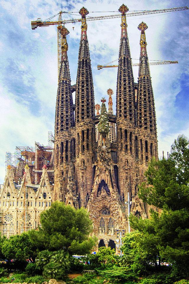640px-Barcelona_Temple_Expiatori_de_la_Sagrada_Fam_lia_(2050445207)