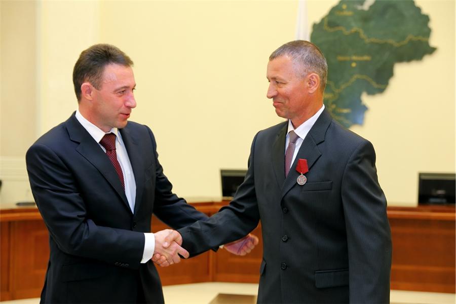 Награждение Геннадия Косякова