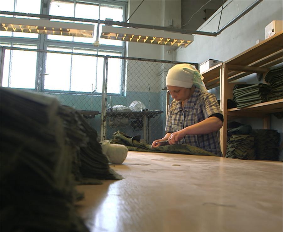 Во время отбывания наказания в ИК-6 Наталья К. трудилась на швейном производстве