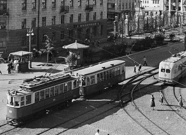004_1957. Ленина