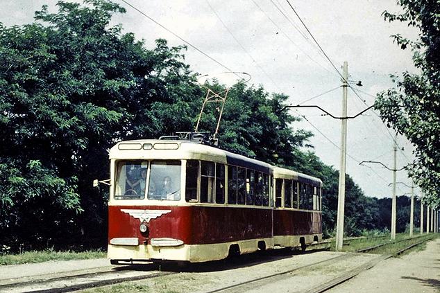 008_трамвай КТМ-2