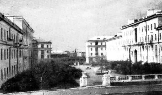 Внутриквартальный сквер по ул. Карла Маркса (квартал № 32)