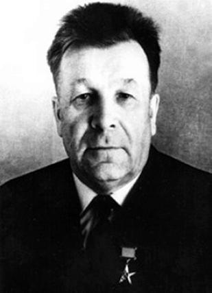 Иван Васильевич Окунев, директор УВЗ в 1949-1969 гг.