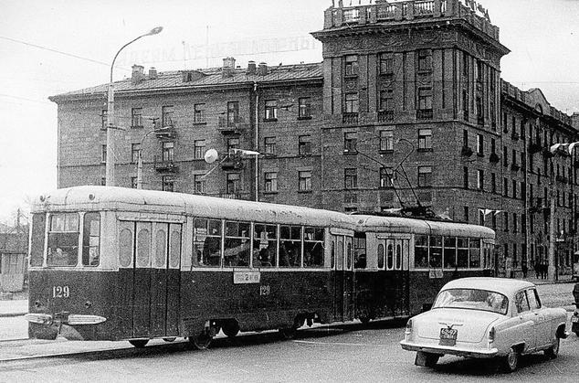 Сцепки КТМ/КТП-2 на улицах Нижнего Тагила (фото 70-х гг.)