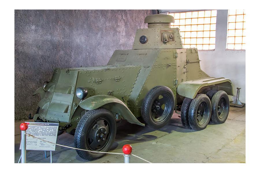 Первый советский бронеавтомобиль BA-27M, серийно выпускался в 1927-31 годах