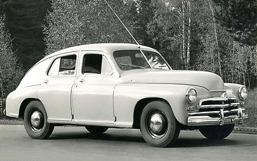 ГАЗ-М-20 «Победа» - легендарный советский легковой автомобиль, серийно производившийся на Горьковском автомобильном заводе в 1946—1958 годах. Всего было выпущено 235 999 машин
