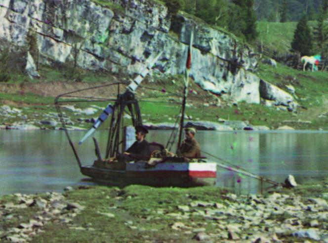 Транспорт С.М. Прокудина-Горского. Лёгкое быстроходное судно