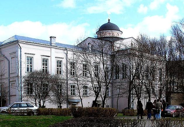 Здание бывшего Елизаветинского училища