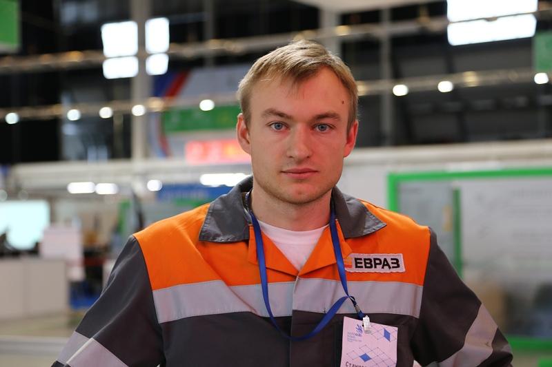 Станислав Грошев