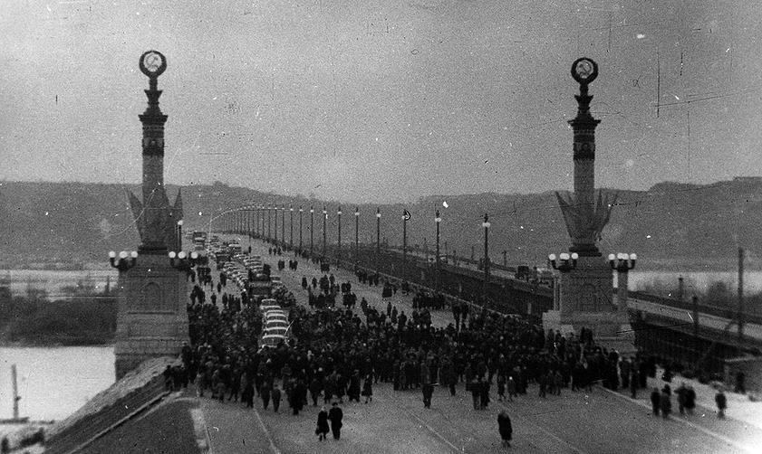 Открытие моста им. академика Патона в Киеве (фото 1953 г.)