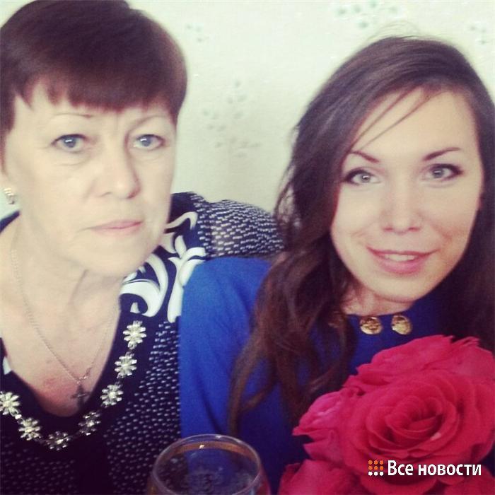 Таня с мамой Любовью Викторовной