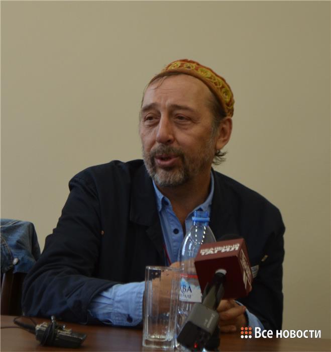 Режиссёр Николай Коляда