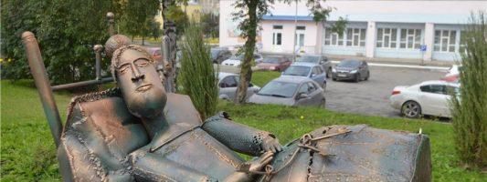 Какими будут городские скульптуры в 2017 году, предлагают решить тагильчанам