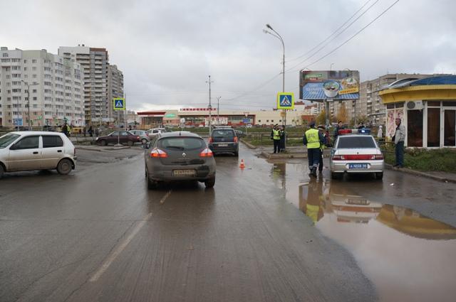 mesto-naezda-po-hodu-dvizheniya-avtomashinyi