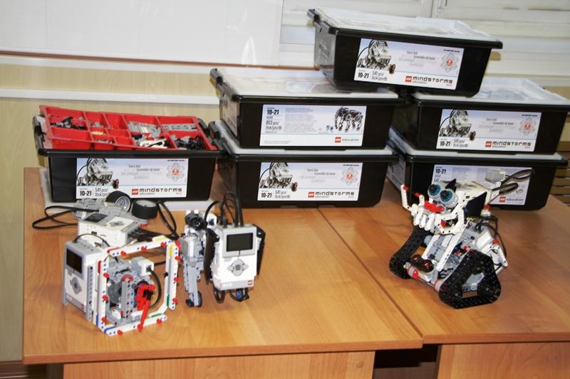 kompleksyi-dlya-sborki-robotov