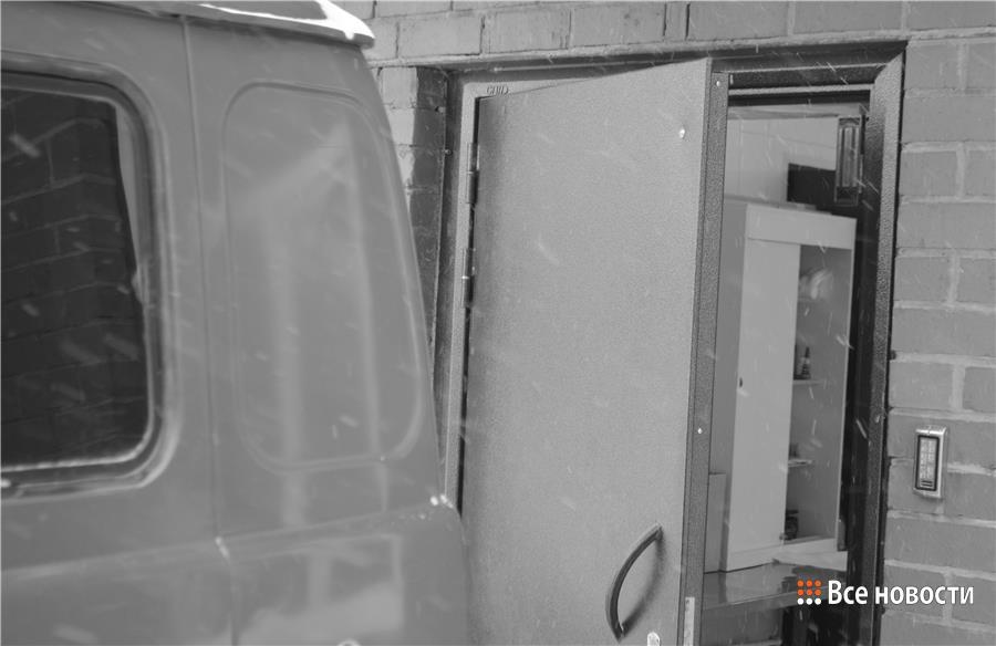 """Подвоз тел из морга в """"холодильник"""""""