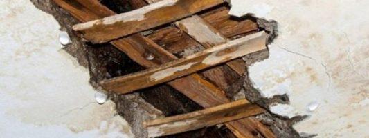 ТСЖ заплатит пенсионерке за обрушившийся потолок