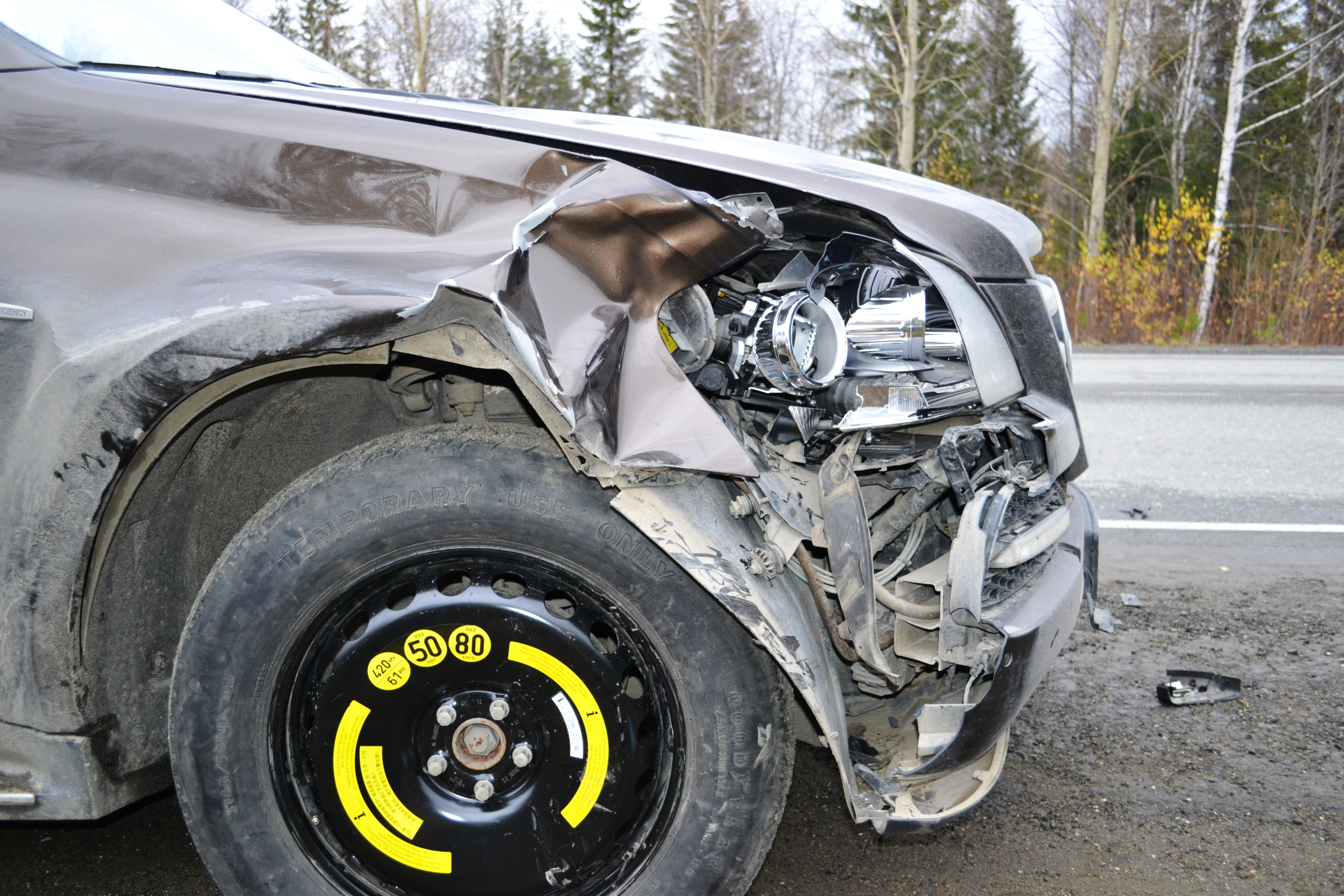 НаСеровском тракте Mercedes задавил мужчину