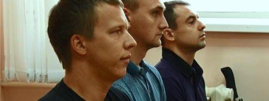«Они как полицаи, не полицейские, не офицеры». Реакция на приговор по делу о пытках в отделе полиции Нижнего Тагила