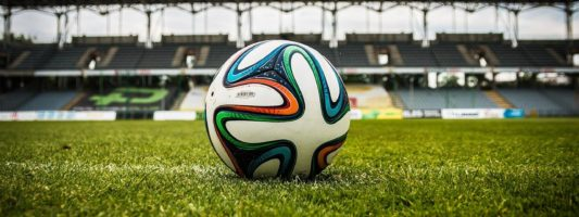 Роспотребнадзор назвал условия проведения футбольных матчей со зрителями