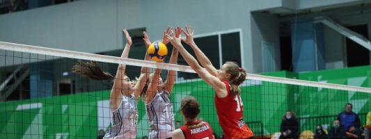 «Уралочка-НТМК» разгромно проиграла матч в Нижнем Тагиле, уступив гостьям из Красноярска
