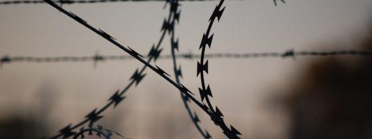 Работника ритуального агентства из Нижнего Тагила осудили за убийство